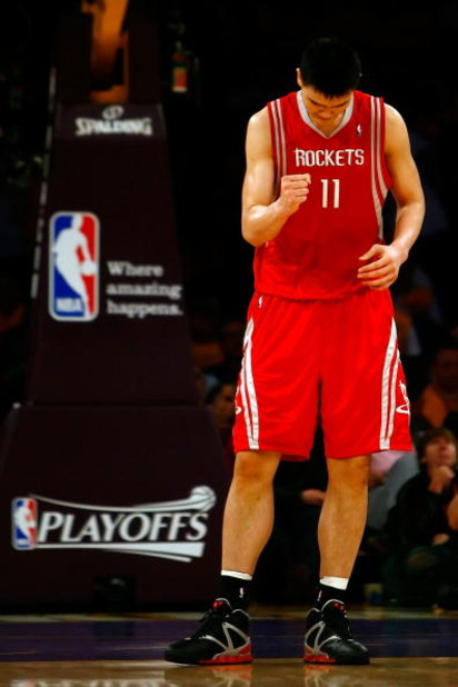 LOS ANGELES, CA - MAY 04:  Yao Ming #11 of the Houston Rockets reacts late in the fourth quarter against the Los Angeles Lakers in Game One of the Western Conference Semifinals during the 2009 NBA Playoffs at Staples Center on May 4, 2009 in Los Angeles,
