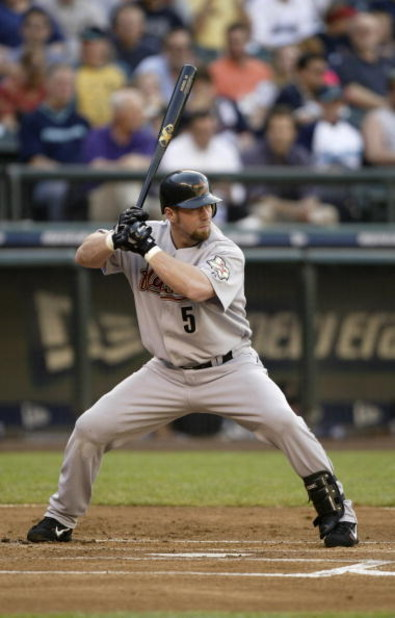SEATTLE - JUNE 8:  Jeff Bagwell #5 of the Houston Astros bats against the Seattle Mariners on June 8, 2004 at Safeco Field in Seattle, Washington.  The Astros won 1-0.   (Photo by Otto Greule Jr/Getty Images)
