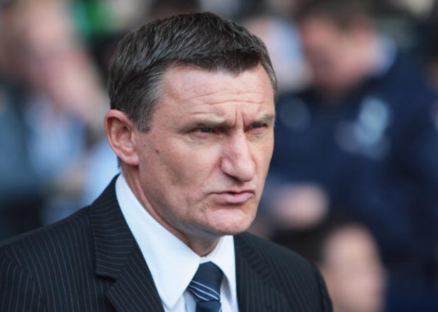 LONDON - MAY 02:  West Bromwich Albion Manager Tony Mowbray looks on during the Barclays Premier League match between Tottenham Hotspur and West Bromwich Albion at White Hart Lane on May 2, 2009 in London, England.  (Photo by Bryn Lennon/Getty Images)