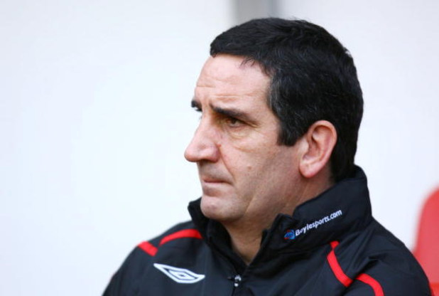 SUNDERLAND, UNITED KINGDON - JANUARY 17: Ricky Sbragia the Sunderland Manager looks on prior to kickoff during the Barclays Premier League match between Sunderland and Aston Villa at The Stadium of Light on January 17, 2009 in Sunderland, England. (Photo