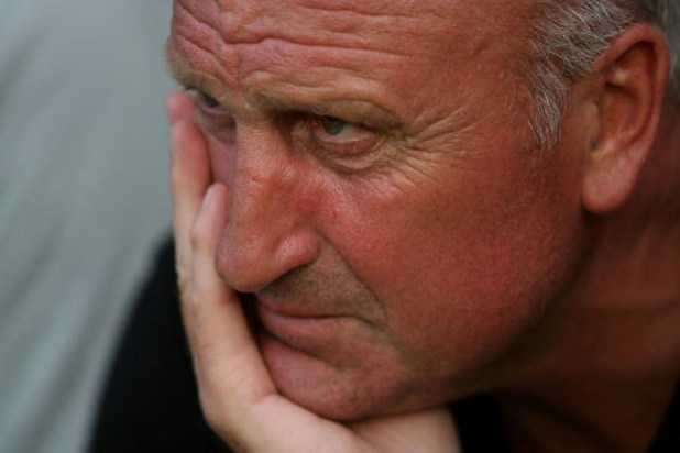 IRTHLINGBOROUGH, ENGLAND - JULY 19:  Rushden and Diamonds manager Paul Hart looks on during the pre-season friendly match against Reading at Nene Park on July 19, 2006 in Irthlingborough, England.  (Photo by Clive Brunskill/Getty Images)