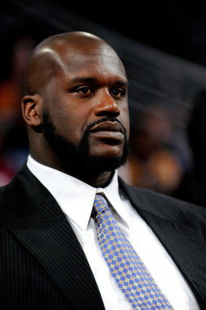 PHOENIX - FEBRUARY 13:  Shaquille O'Neal of the Phoenix Suns sits courtside during the T-Mobile Rookie Challenge & Youth Jam part of 2009 NBA All-Star Weekend at US Airways Center on February 13, 2009 in Phoenix, Arizona.  NOTE TO USER: User expressly ack