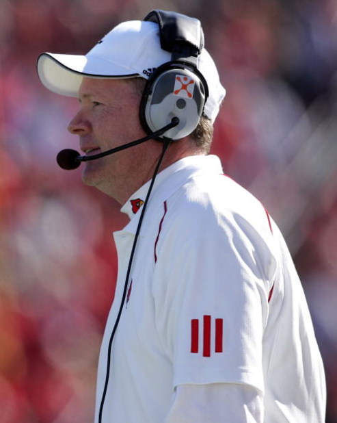 LOUISVILLE, KY - OCTOBER 14:   Bobby Petrino, the Head Coach of the Louisville Cardinals, is pictured during the game against the Cincinnati Bearcats on October 14, 2006 at Papa John's Cardinal Stadium in Louisville, Kentucky.  Louisville won 23-17.  (Pho