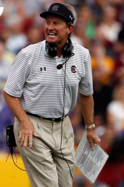 BATON ROUGE, LA - SEPTEMBER 22:  Head coach Steve Spurrier of the South Carolina Gamecocks reacts to a play against the Louisiana State University Tigers at Tiger Stadium September 22, 2007 in Baton Rouge, Louisiana. The Tigers defeated the Gamecocks 28-1