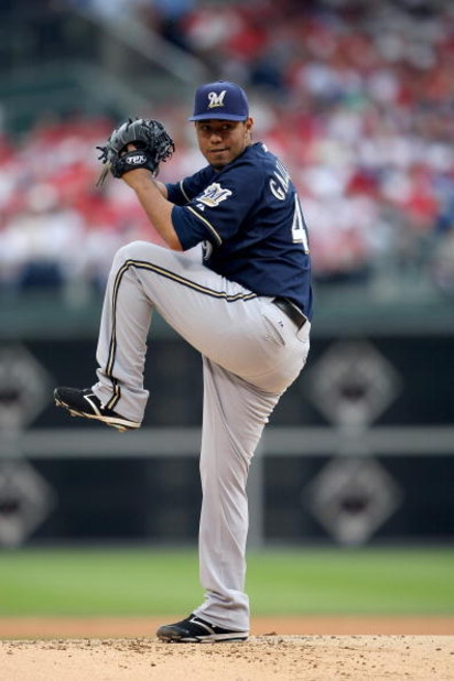 PHILADELPHIA - OCTOBER 1:  Yovani Gallardo #49 of the Milwaukee Brewers pitches during Game 1 of the NLDS Playoffs against the Philadelphia Phillies at Citizens Bank Ballpark on October 1, 2008 in Philadelphia, Pennsylvania. The Phillies defeated the Brew