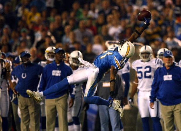 SAN DIEGO - NOVEMBER 11:  Antonio Cromartie #31 of the San Diego Chargers reaches to intercept a pass from Peyton Manning #18 of the Indianapolis Colts during the 1st half of their NFL game on November 11, 2007 at Qualcomm Stadium in San Diego, California