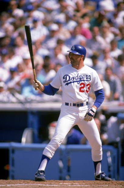 LOS ANGELES - 1989:  Kirk Gibson #23 of the Los Angeles Dodgers waits for the pitch during a 1989 game at Dodger Stadium in Los Angeles, California. (Photo by Mike Powell/Getty Images)