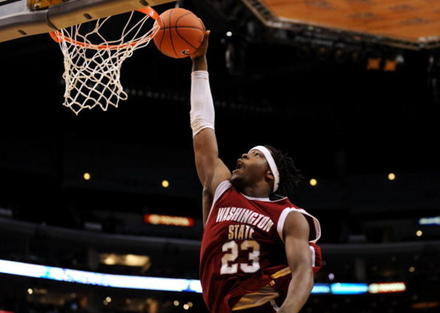 LOS ANGELES, CA - MARCH 12:  Forward DeAngelo Casto #23 of the Washington State Cougars goes up for a dunk against the UCLA Bruins in the Pacific Life Pac-10 Men's Basketball Tournament at the Staples Center on March 12, 2009 in Los Angeles, California.