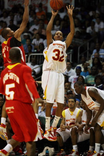 CORAL GABLES, FL - APRIL 01:  Dominic Cheek #32 of the East Team shoots over Avery Bradley Jr. #11 of the West Team in the 2009 McDonald's All American Men's High School Basketball Game at BankUnited Center on April 1, 2009 in Coral Gables, Florida.  (Pho