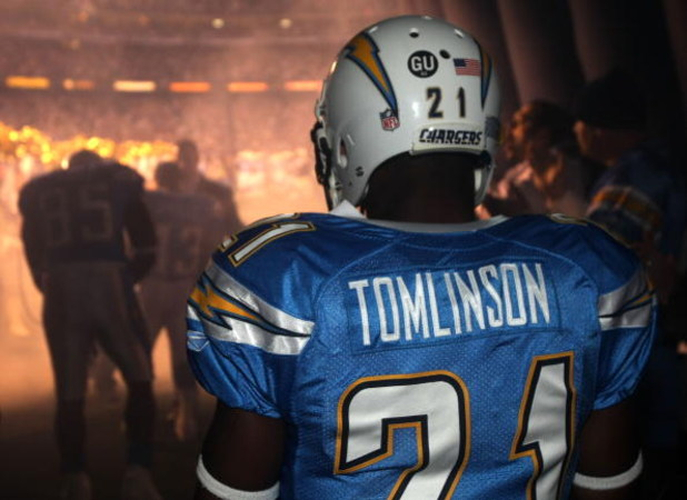 SAN DIEGO - JANUARY 03:  LaDainian Tomlinson #21 of the San Diego Chargers prepares to take the field prior to the game against the Indianapolis Colts in the AFC Wild Card Game on January 3, 2009 at Qualcomm Stadium in San Diego, California.  (Photo by St
