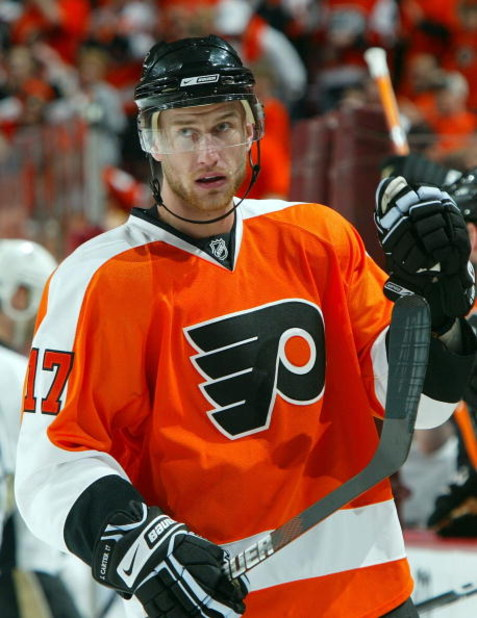 PHILADELPHIA - APRIL 19:  Jeff Carter #17 of the Philadelphia Flyers looks on against the Pittsburgh Penguins during Game Three of the Eastern Conference Quarterfinal Round of the 2009 NHL Stanley Cup Playoffs  at the Wachovia Center on April 19, 2009 in