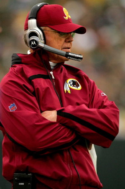 GREEN BAY, WI - OCTOBER 14:  Head coach Joe Gibbs of the Washington Redskins on the sidelines against against the Green Bay Packers October 14, 2007 at Lambeau Field in Green Bay, Wisconsin.  (Photo by Matthew Stockman/Getty Images)