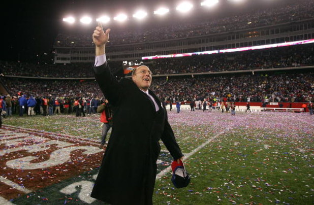 FOXBORO, MA - JANUARY 20:  Vice President of player personnel Scott Pioli of the New England Patriots celebrates after the Patriots 21-12 win against the San Diego Chargers during the AFC Championship Game on January 20, 2008 at Gillette Stadium in Foxbor