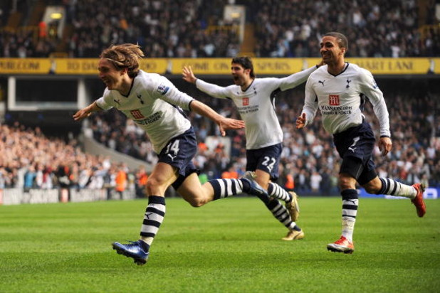 LONDON - MARCH 21:  Luka Modric (#14) of Tottenham celebrates after he scores the first goal of the game during the Barclays Premier League match between Tottenham Hotspur and Chelsea at White Hart Lane on March 21, 2009 in London, England.  (Photo by Sha