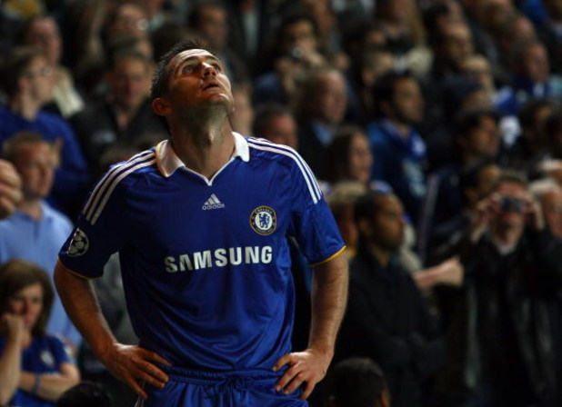 LONDON, ENGLAND - MAY 06:  Frank Lampard of Chelsea reacts during the UEFA Champions League Semi Final Second Leg match between Chelsea and Barcelona at Stamford Bridge on May 6, 2009 in London, England.  (Photo by Clive Rose/Getty Images)