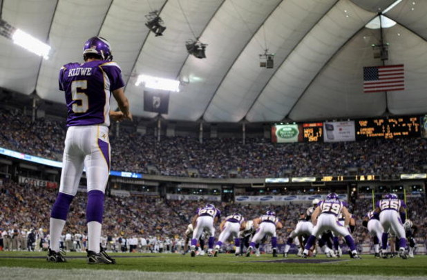 MINNEAPOLIS, MN - NOVEMBER 04:  Punter Chris Kluwe #5 of the Minnesota Vikings kicks from his own endzone against the San Diego Chargers at the Hubert H. Humphrey Metrodome on November 4, 2007 in Minneapolis, Minnesota. The Vikings defeated the Chargers 3