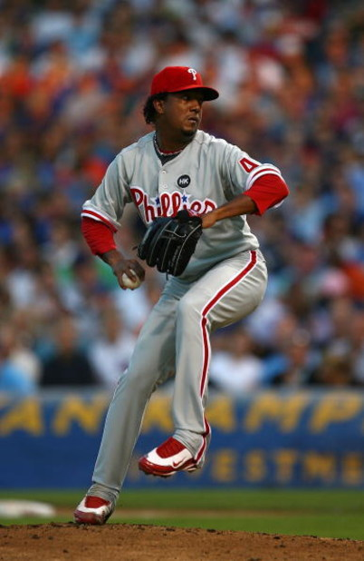 CHICAGO - AUGUST 12: Pedro Martinez #45 of the Philadelphia Phillies throws the ball against the Chicago Cubs on August 12, 2009 at Wrigley Field in Chicago, Illinois. The Phillies defeated the Cubs 12-5. (Photo by Jonathan Daniel/Getty Images)