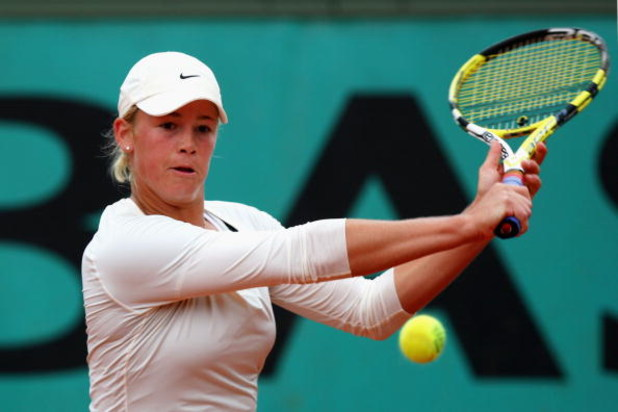 PARIS - MAY 28:  Alexa Glatch of the USA hits a backhand during her Women's Singles Second Round match against Lourdes Dominguez Lino of Spain on day five of the French Open at Roland Garros on May 28, 2009 in Paris, France.  (Photo by Ryan Pierse/Getty I