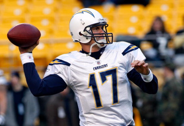 PITTSBURGH - JANUARY 11:  Philip Rivers #17 of the San Diego Chargers warms up against the Pittsburgh Steelers during their AFC Divisional Playoff Game on January 11, 2009 at Heinz Field in Pittsburgh, Pennsylvania.  (Photo by Chris Graythen/Getty Images)