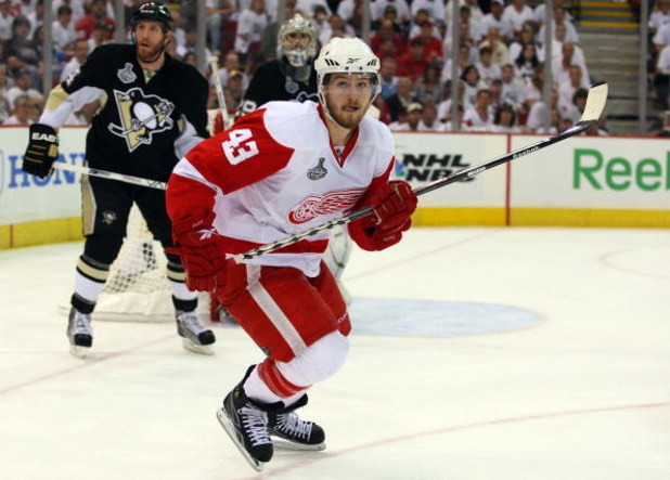 PITTSBURGH - JUNE 09:  Darren Helm #43 of the Detroit Red Wings skates against the Pittsburgh Penguins during Game Six of the NHL Stanley Cup Finals at the Mellon Arena on June 9, 2009 in Pittsburgh, Pennsylvania.  (Photo by Jim McIsaac/Getty Images)