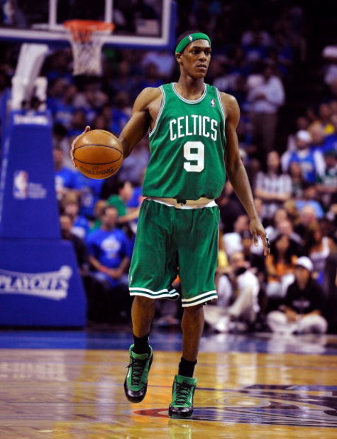 ORLANDO, FL - MAY 14:  Rajon Rondo #9 of the Boston Celtics sets up the offense in Game Six of the Eastern Conference Semifinals during the 2009 NBA Playoffs against the Orlando Magic at Amway Arena on May 14, 2009 in Orlando, Florida.  NOTE TO USER: User