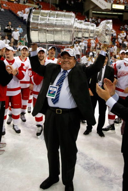 PITTSBURGH - JUNE 04:  Scotty Bowman of the Detroit Red Wings celebrates with the Stanley Cup after defeating the Pittsburgh Penguins in game six of the 2008 NHL Stanley Cup Finals at Mellon Arena on June 4, 2008 in Pittsburgh. Pennsylvania. The Red Wings