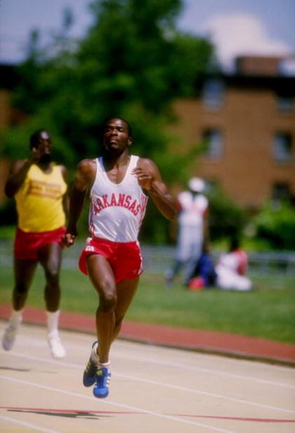 Jun 1986:  Roddie Haley of the Arkansas Razorbacks runs down the track during a race. Mandatory Credit: Tony Duffy  /Allsport