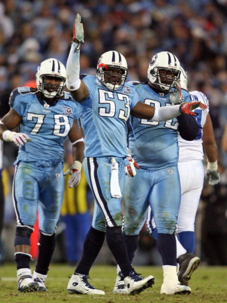 NASHVILLE, TN - OCTOBER 27:  Keith Bulluck #53 of the Tennessee Titans celebrates after the Titans stopped the Indianapolis Colts on fourth down during the NFL game at LP Field on October 27, 2008 in Nashville, Tennessee.  (Photo by Andy Lyons/Getty Image
