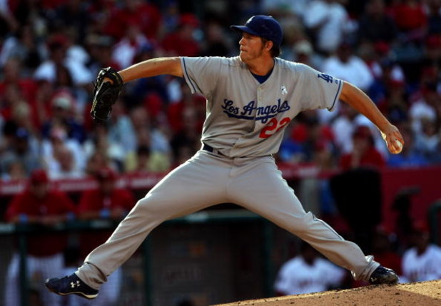 ANAHEIM, CA - JUNE 21:  Pitcher Clayton Kershaw #22 of the Los Angeles Dodgers throws a pitch against the Los Angeles Angels of Anaheim on June 21, 2009 at Angel Stadium in Anaheim, California.  (Photo by Stephen Dunn/Getty Images)