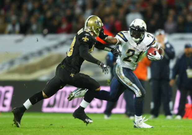 LONDON - OCTOBER 26: LaDainian Tomlison of the San Diego Chargers runs with the ball during the Bridgestone International Series NFL match between San Diego Chargers and New Orleans Saints at Wembley Stadium on October 26, 2008 in London, England.  (Photo