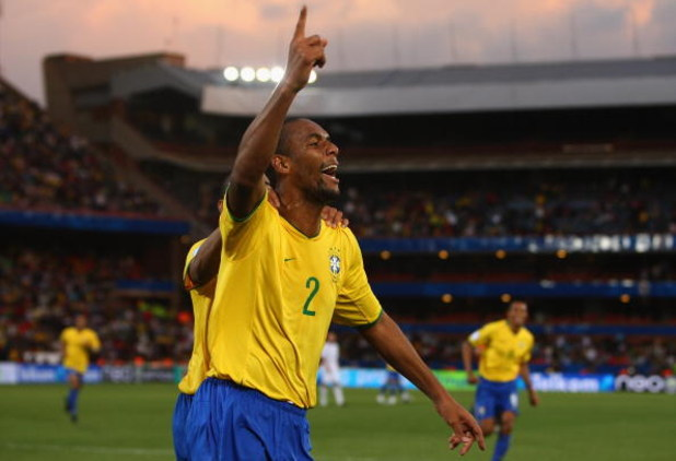 PRETORIA, SOUTH AFRICA - JUNE 18:  Maicon of Brazil celebrates their 3rd goal during the FIFA Confederations Cup match between USA and Brasil at Loftus Versfeld Stadium on June 18, 2009 in Pretoria, South Africa.  (Photo by Jamie McDonald/Getty Images)