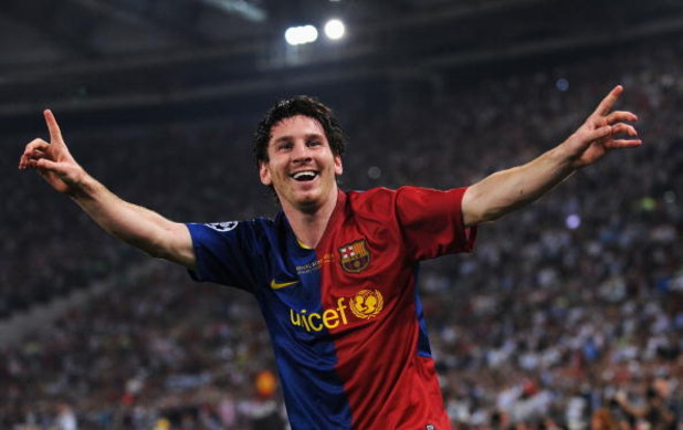 ROME - MAY 27:  Lionel Messi of Barcelona celebrates scoring the second goal for Barcelona during the UEFA Champions League Final match between Barcelona and Manchester United at the Stadio Olimpico on May 27, 2009 in Rome, Italy.  (Photo by Jasper Juinen