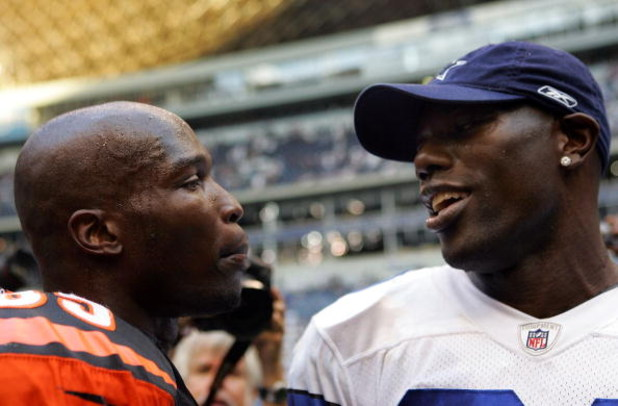 IRVING, TX - OCTOBER 05:  Wide receiver Chad Johnson #85 of the Cincinnati Bengals talks with Terrell Owens #81 of the Dallas Cowboys at Texas Stadium on October 5, 2008 in Irving, Texas. The Cowboys defeated the Bengals 31-24.  (Photo by Ronald Martinez/