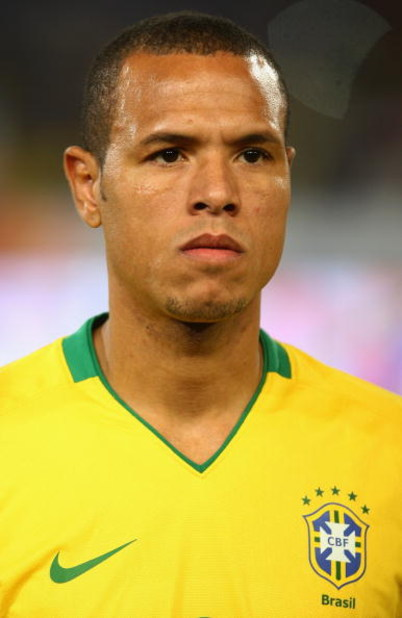 PRETORIA, SOUTH AFRICA - JUNE 21: Luis Fabiano of Brazil during the FIFA Confederations Cup match beween Italy and Brazil at The Loftus Versfeld Stadium on June 21, 2009 in Pretoria, South Africa.  (Photo by Laurence Griffiths/Getty Images)