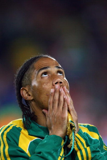 JOHANNESBURG, SOUTH AFRICA - JUNE 25:  Steven Pienaar of South Africa looks to the heavens prior to the FIFA Confederations Cup Semi Final match beween Brazil and South Africa at Ellis Park on June 25, 2009 in Johannesburg, South Africa.  (Photo by Alex L