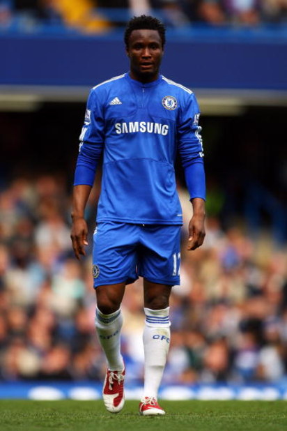 LONDON, ENGLAND - MAY 17:  John Mikel Obi of Chelsea looks on during the Barclays Premier League match between Chelsea and Blackburn Rovers at Stamford Bridge on May 17, 2009 in London, England.  (Photo by Bryn Lennon/Getty Images)