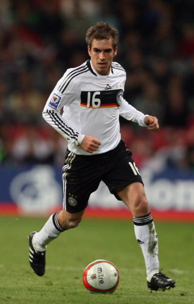 CARDIFF, UNITED KINGDOM - APRIL 01: Philipp Lahm of Germany in action during the FIFA 2010 World Cup Qualifier match between Wales and Germany at the Millennium Stadium on April 1, 2009 in Cardiff, Wales.  (Photo by Bryn Lennon/Getty Images)