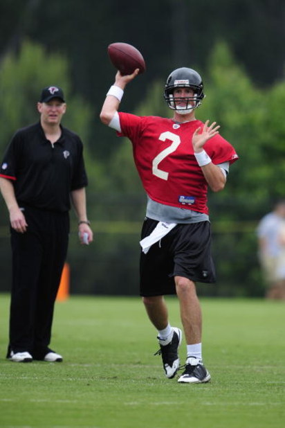 FLOWERY BRANCH, GA - MAY 9: Quarterback Matt Ryan #2 of the Atlanta Falcons attempts a pass during minicamp at the Falcons Complex on May 9, 2009 in Flowery Branch, Georgia. (Paul Abell/Getty Images)