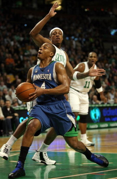 BOSTON - FEBRUARY 01:  Randy Foye #4 of Minnesota Timberwolves heads for the net as Paul Pierce #34 of the Boston Celtics defends on February 1, 2009 at TD Banknorth Garden in Boston, Massachusetts. The Celtics defeated the Timberwolves 109-101. NOTE TO U