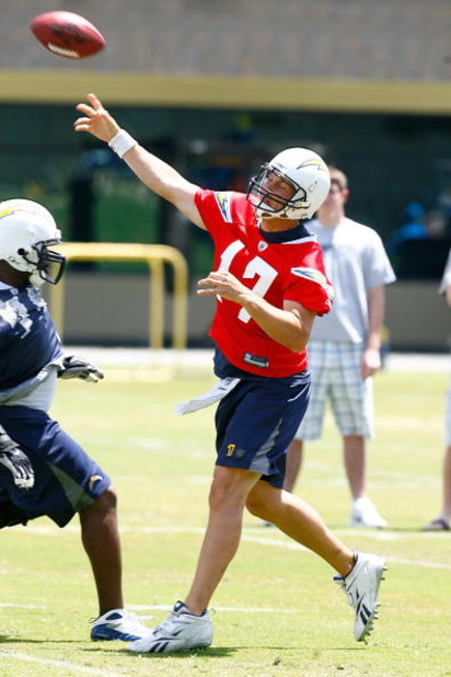 SAN DIEGO - MAY 03: Quarterback Philip Rivers #17 of the San Diego Chargers throws a pass in practice drills during Chargers minicamp at the team's training facility on May 3, 2009 in San Diego, California. (Photo by Kevin Terrell/Getty Images)