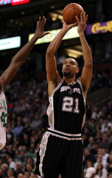 BOSTON - FEBRUARY 08:  Tim Duncan #21 of the San Antonio Spurs takes a shot in the second half against the Boston Celtics on February 8, 2009 at TD Banknorth Garden in Boston, Massachusetts. The Spurs defeated the Celtics 105-99. NOTE TO USER: User expres