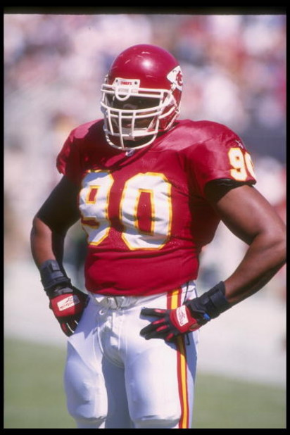 2 Oct 1995: Defensive lineman Neil Smith of the Kansas City Chiefs looks on during a game against the Arizona Cardinals at Sun Devil Stadium in Tempe, Arizona. The Chiefs won the game, 24-3.