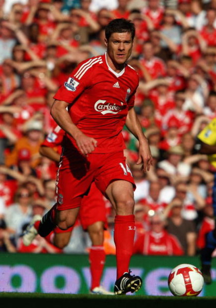 LIVERPOOL, UNITED KINGDOM - SEPTEMBER 20:  Xabi  Alonso of Liverpool in action during the Barclays Premier League match between Liverpool and Stoke City at Anfield on September 20, 2008 in Liverpool, England.  (Photo by Clive Brunskill/Getty Images)