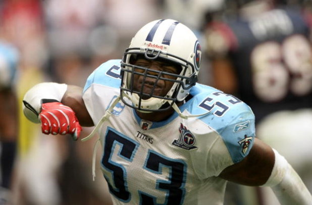 HOUSTON - DECEMBER 14:  Linebacker Keith Bullock #53 of the Tennessee Titans reacts to defeat in the closing seconds of the game with the Houston Texans on December 14, 2008 at Reliant Stadium in Houston, Texas.  The Texans won 13-12.  (Photo by Stephen D