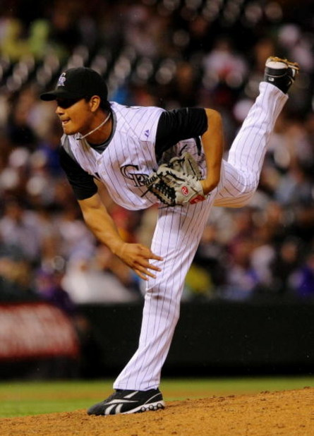 DENVER - JULY 25:  Jhoulys Chacin #45 of the Colorado Rockies pitches against the San Francisco Giants during their game on July 25, 2009 at Coors Field in Denver, Colorado.  (Photo by Doug Pensinger/Getty Images)