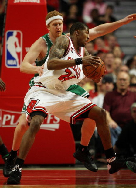 CHICAGO - APRIL 26: Tyrus Thomas #24 of the Chicago Bulls moves against Brian Scalabrine #44 of the Boston Celtics in Game Four of the Eastern Conference Quarterfinals during the 2009 NBA Playoffs at the United Center on April 26, 2009 in Chicago, Illinoi
