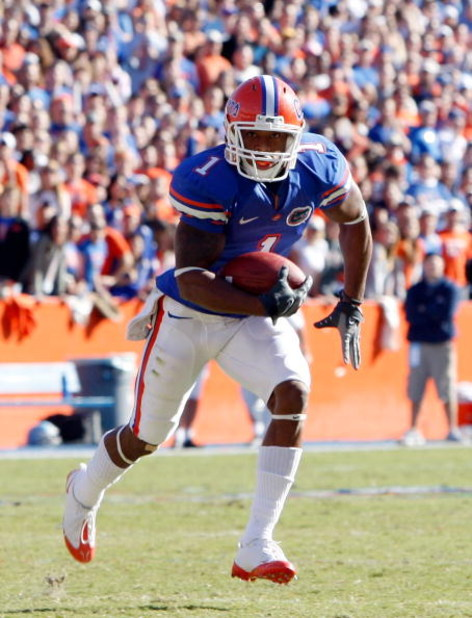 GAINESVILLE, FL - NOVEMBER 22:  Percy Harvin #1 of the Florida Gators runs for a touchdown during the game against the Citadel Bulldogs at Ben Hill Griffin Stadium on November 22, 2008 in Gainesville, Florida.  (Photo by Sam Greenwood/Getty Images)