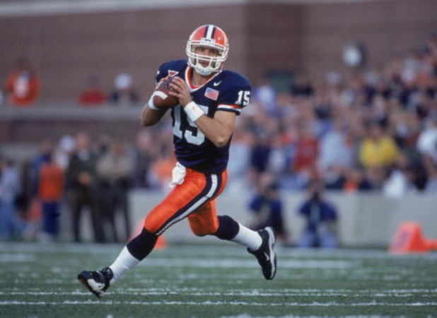 10 Nov 2001:  Quarterback Kurt Kittner #15 of the Illinois Fighting Illini runs out of the pocket looking for someone to throw the ball to during the game against the Pennsylvania State Nittany Lions at the Memorial Stadium in Champaign, Illinois. The Fig