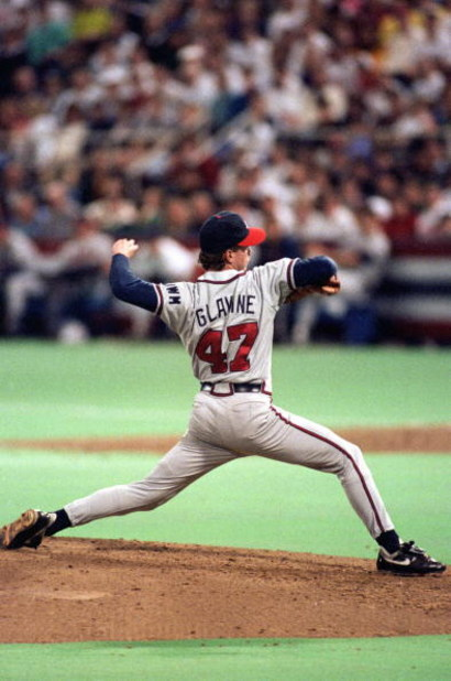 MINNEAPOLIS - OCTOBER 20:  Tom Glavine #47 of the Atlanta Braves pitches against the Minnesota Twins during Game two of the 1991 World Series at the Metrodome on October 20, 1991 in Minneapolis, Minnesota. The Twins defeated the Braves 3-2. (Photo by Rick