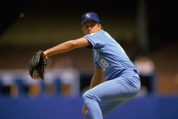 1989:  Bret Saberhagen of the Kansas City Royals winds back to pitch during a MLB game in the 1989 season. (Photo by: Rick Stewart/Getty Images)